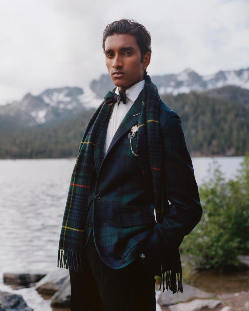 Our classic suit reborn in tartan rlauren.co/EveryMomentIsA… #EveryMomentIsAGift #RLGifts