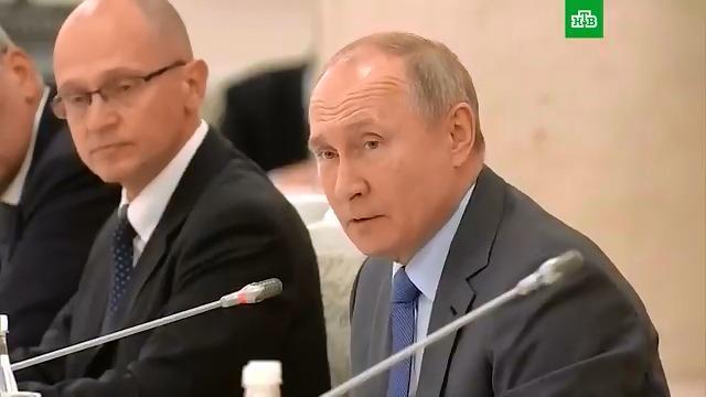 """Αποτέλεσμα εικόνας για Vladimir Putin: """"You said the word mother"""