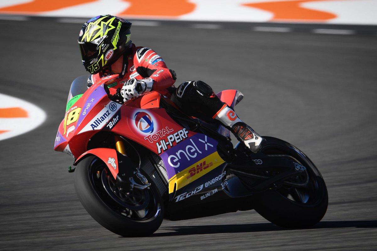 Turning into the weekend like 🔋⚡️ #Tech3 #Racing #ERacing @MotoGP #KF78