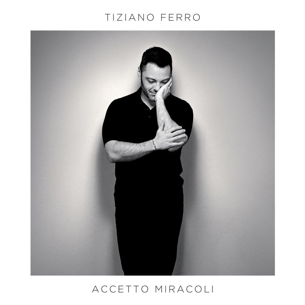 Podio #Album:    #AccettoMiracoli - @TizianoFerro     #MinaFossati - @mina & #IvanoFossati   #EverydayLife - @coldplay   Tutte le chart online su  http://www. fimi.it    <br>http://pic.twitter.com/FLJPJobcrl