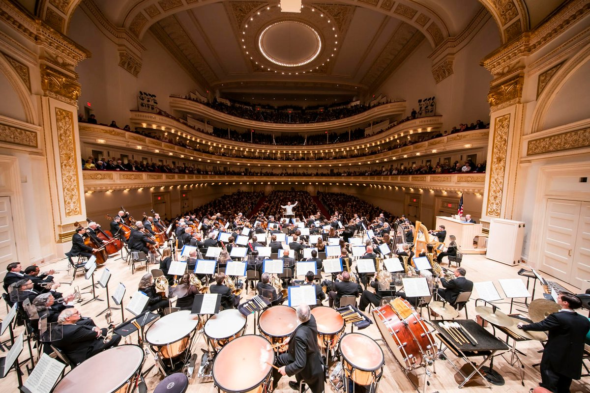 Add some music to your Friday! You can listen to a #CarnegieHall performance on @WQXR (bit.ly/2yoLTOr) or watching a webcast on @medicitv (bit.ly/2BZJrjm).