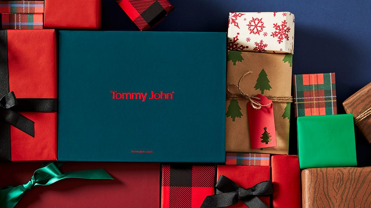 With 25% off purchases of $100+, we have gifts for every budget, and every butt. > https://t.co/jM4VNpPJRt https://t.co/jw1k0mFxgB
