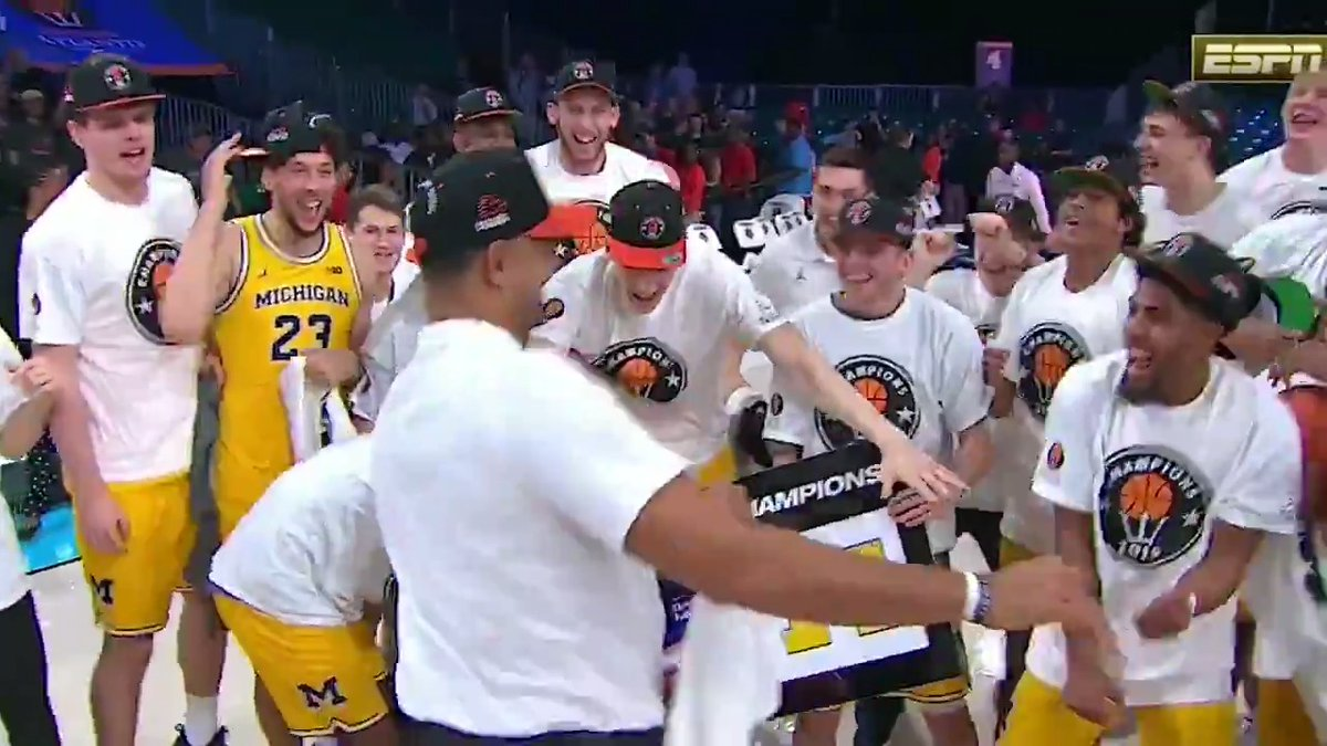 Bust a move, Juwan Howard 🕺  Michigan is hyped after a 7-0 start and two upset wins at Battle 4 Atlantis!