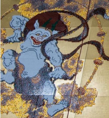 成田空港に新しくできるレゴストアの飾りとして、風神雷神図屏風を作りました。4m x 2m という超ビッグサイズのモザイクアートにご期待ください!!日本初の空港内レゴ®ストア!「レゴ®ストア 成田空港店」成田空港第1ターミナル4Fに2019年12月13日(金)オープン!