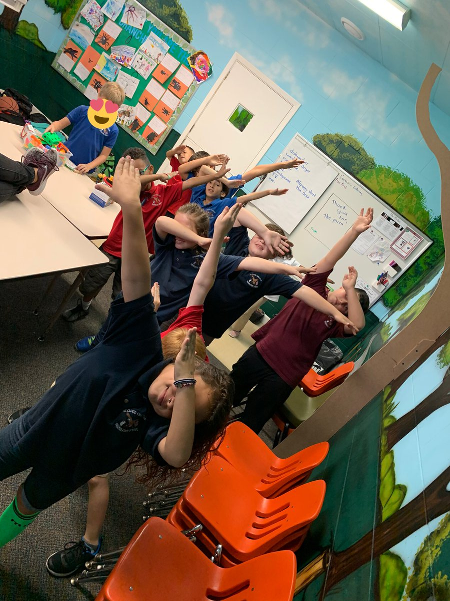 2nd year teacher of a 2nd/3rd grade inclusion class of 16.     https:// amzn.to/2YyGlOG      #clearthelists #clearthelistseveryday #support_a_teach #clearthelistFL #teachertwitter #SPedteach<br>http://pic.twitter.com/5ONOtshSMZ