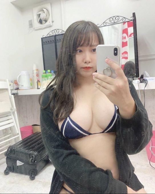 グラビアアイドルみなみまりやのTwitter自撮りエロ画像26