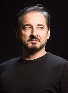 #Roledebut & #housedebut for our tenor #AlejandroRoy, who will embody passionate stevedore Luigi in #Puccini's #IlTabarro within #IlTrittico premiering this evening at #TirolerLandestheater conducted by Lukas Beikircher and staged by Carlos Wagner. ¡Todo lo mejor, Alejandro!pic.twitter.com/c7KmejaPO7