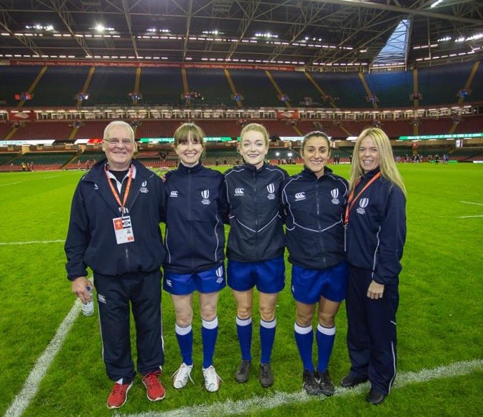 And great to see WRU referees Francesca Martin and Amanda Leah part of the match officials team for #WalesWomen v @Barbarian_FC 💪