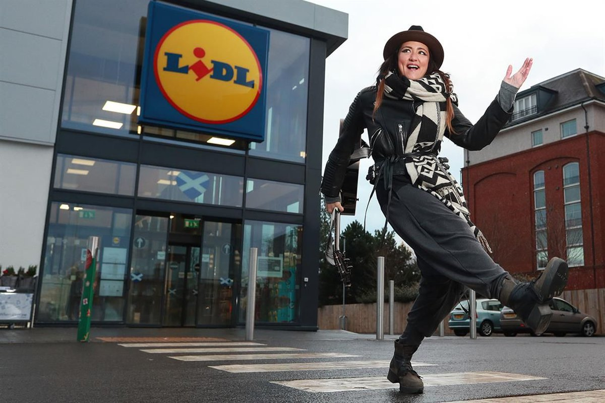 Lidl has enlisted pop artist KT Tunstall to perform at a series of gigs across Scotland as the supermarket opens its 100th store there https://t.co/RZbfvykRWS https://t.co/siCGBsUBgw