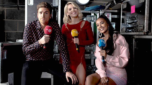 It was a star-studded night at the @bbcr1 #TeenAwards, hosted by @GregJames, @MayaJama and @MollieKing and featuring sets from @Yungblud @ajtracey and @JaxJones. ✨ #R1TeenAwards highlights | 4pm | @bbctwo & @bbciplayer. 📺 👉 bbc.in/2qVHKzf
