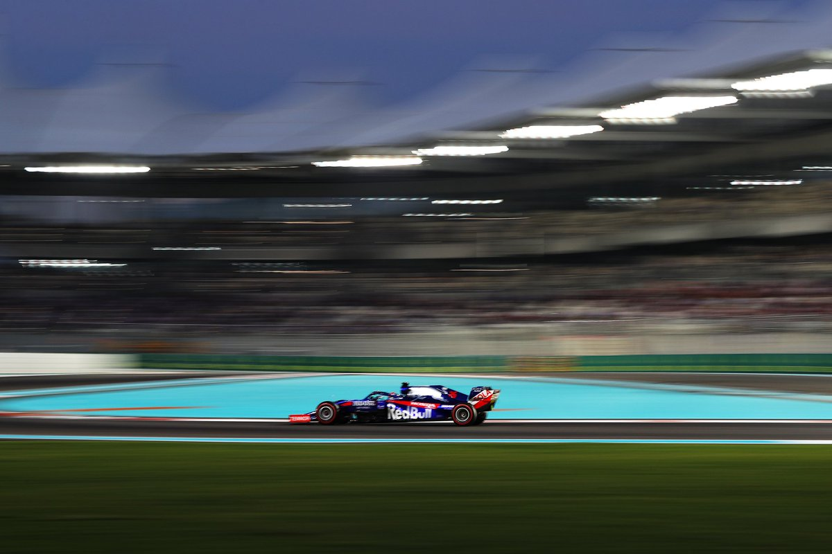 We hope things will be better tomorrow, the race is different to Qualifying, you can play with the strategy and, if everything works well, there's always a chance to move up the grid 💪🏻  #DK26 #AbuDhabiGP 🇦🇪 #F1 https://t.co/PCmUL8b7dB