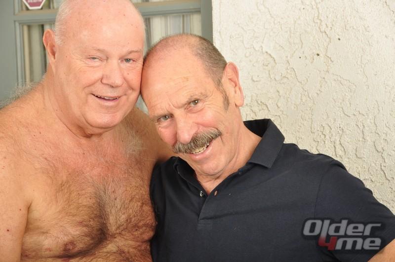 A gay bar scene is born