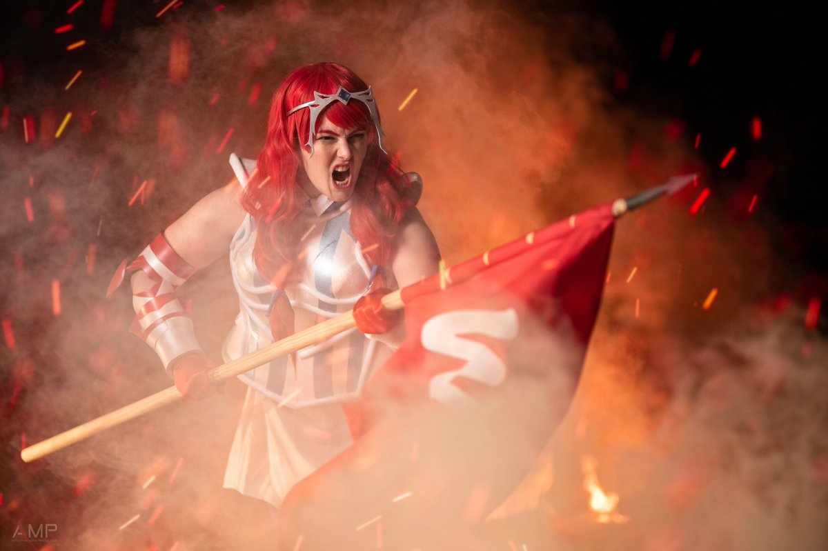 🔥 FOR FRESHTOVIA 🔥 At last, the #Wendys #FeastOfLegends costume is here! Thank you so much @Wendys for helping me bring this to life ❤️💙 Armor by: Crash Candy Cosplay Photos by: @Afflictionphoto