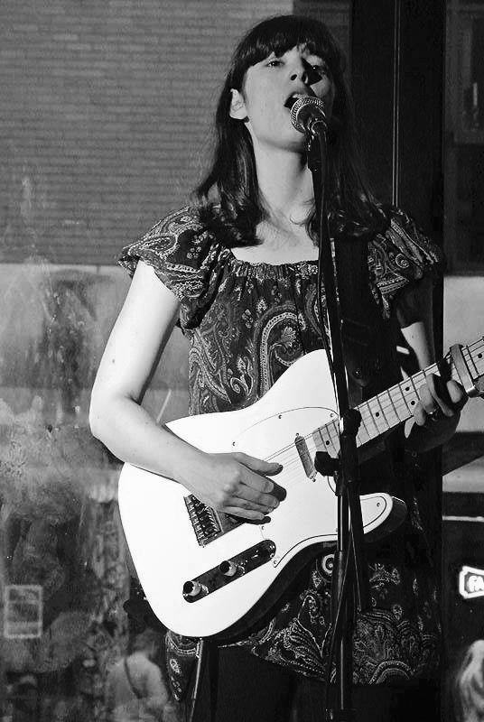 reposting this with more details as lots of you are asking.. My White Telecaster (+lots of other stuff) was stolen from my home in North London (could pop up in Wood Green / Finchley / Seven Sisters), it has a heavy scratch in the lacker on the bottom side of the body.. thank you <br>http://pic.twitter.com/toGzNyaljv