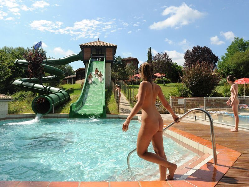 The Naked Truth About The Biggest Indoor Water Park In The World
