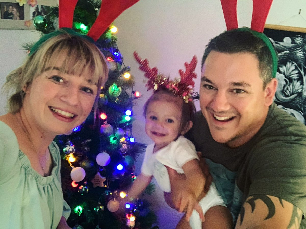 The first of many Christmas Traditions! So far no Xmas decorations were destroyed by a curious 10month old..   🎄 🎄 #dallasfamily #dallsfamilychristmas #family #kiwiemuandkoala https://t.co/0L5pondxMG
