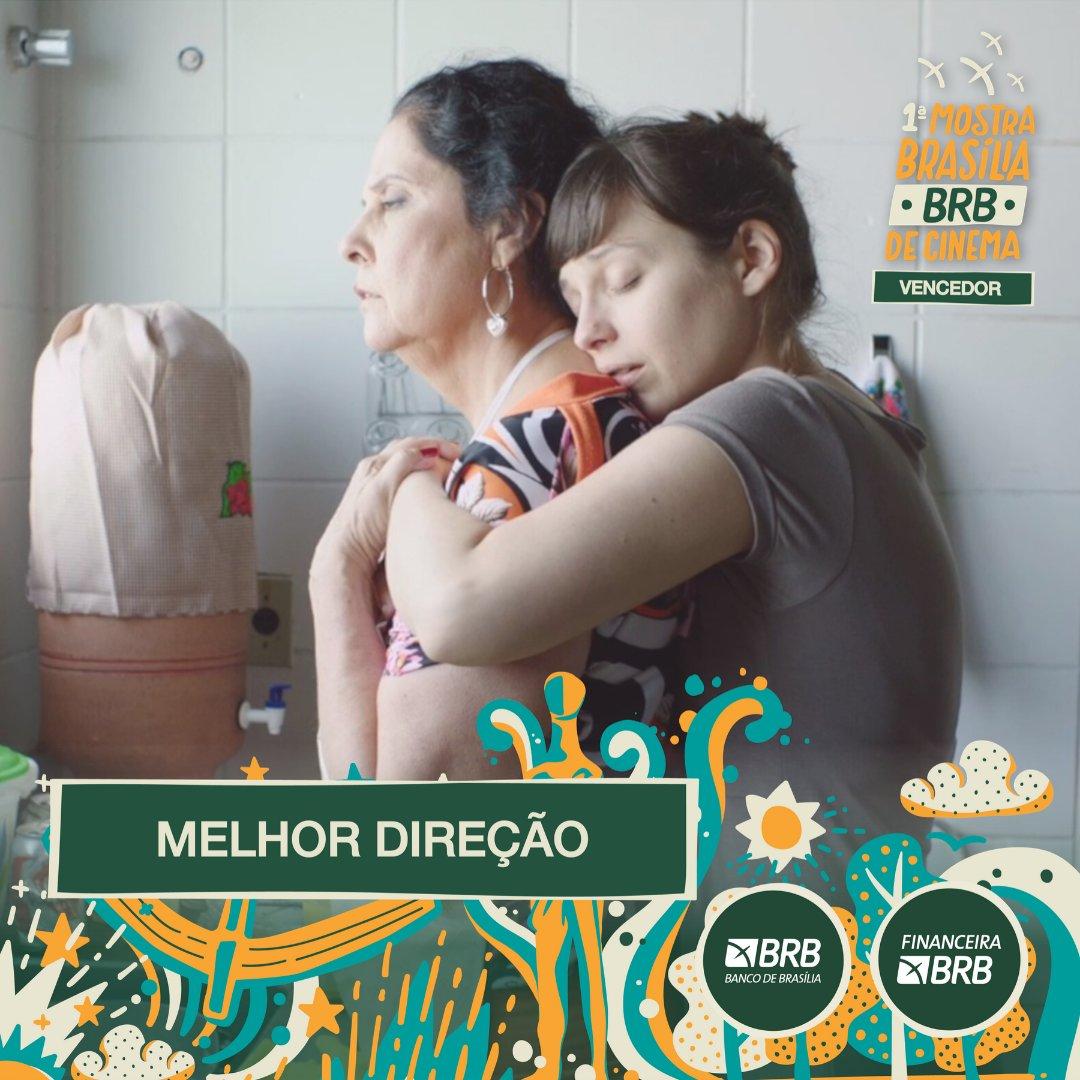 #PremiaçãoFBCB |MOSTRA BRASÍLIA BRB DE CINEMA  O prêmio de MELHOR DIREÇÃO da Mostra Brasília BRB vai para: ADRIANA VASCONCELOS, pelo filme MÃE.  #FestivalDeCinema #Brasília #52FBCB #FBCB #Brasil #Cinema #Arte #BRB