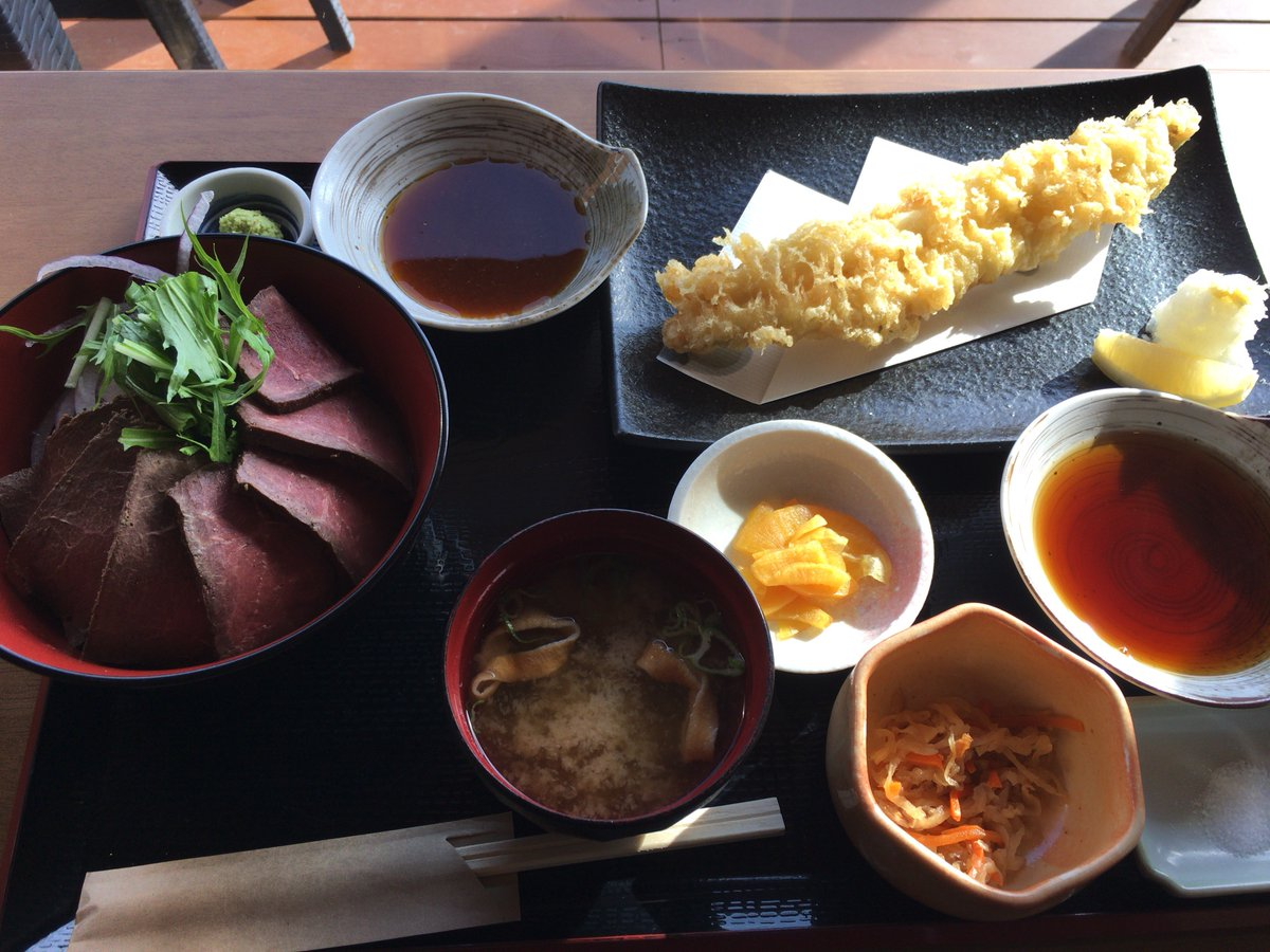 石巻市 いしのまき元気いちば 元気食堂 ローストホエール丼、単品あなご天ぷら    #宮城 #鯨 #くじら #クジラ