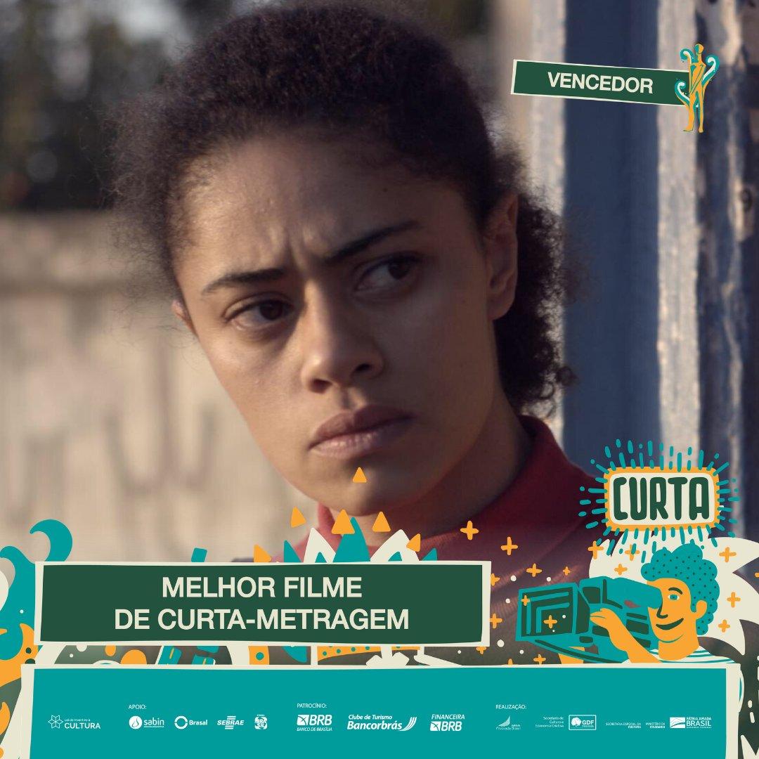 #PremiaçãoFBCB | MOSTRA COMPETITIVA  O vencedor de MELHOR CURTA-METRAGEM é: RÃ, de Julia Zaika e Ana Flavia Cavalcanti   #FestivalDeCinema #Brasília #52FBCB #FBCB #Brasil #Cinema #Arte #BRB
