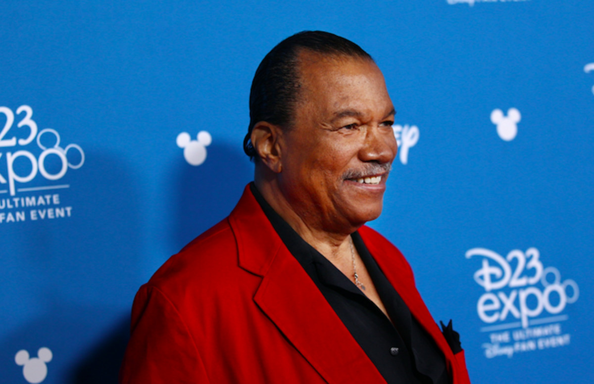 Star Wars Billy Dee Williams says he identifies as gender fluid. cmplx.co/qtGYNP5