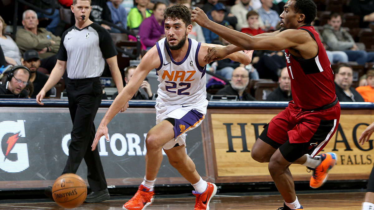 The @Suns have recalled Ty Jerome from the NAZ Suns. <br>http://pic.twitter.com/bEBIb1D8E6