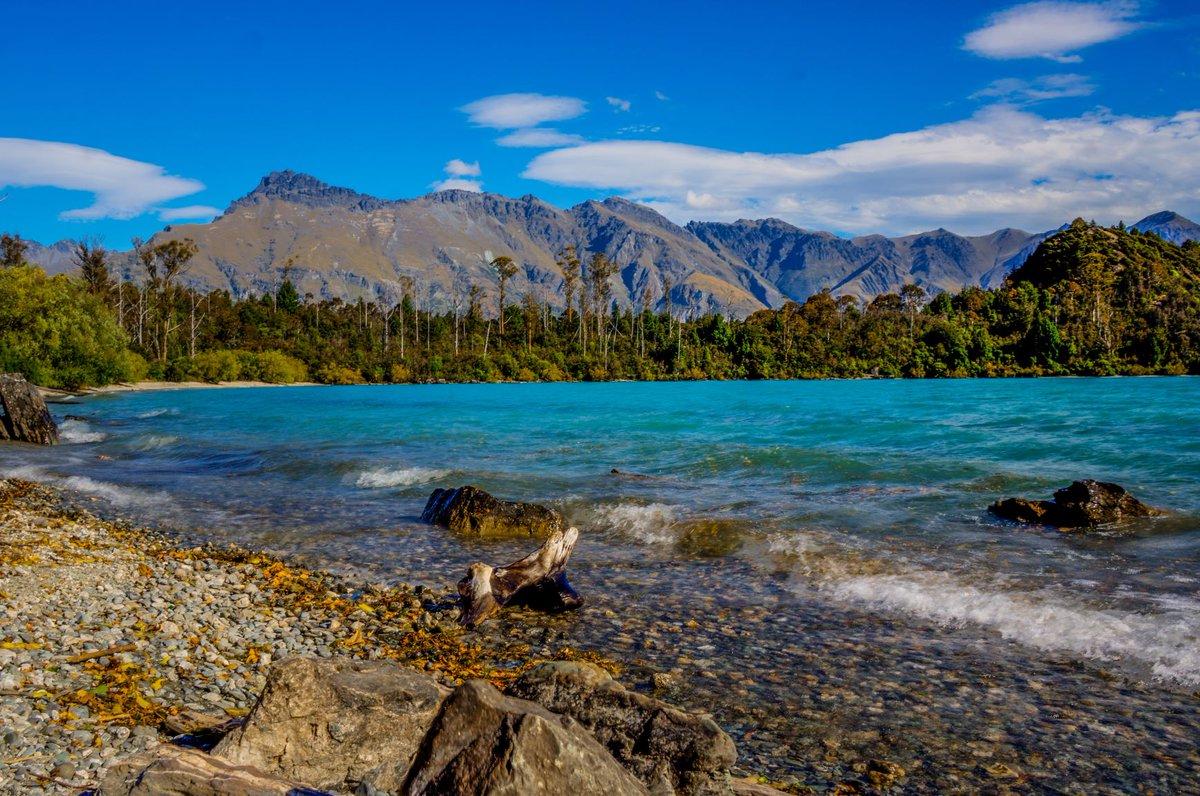 Lass dich von der wunderschönen Natur Neuseelands verzaubern! 🏞️ #trasty #travelstory #visitnewzealand #reisen #reisefieber #reisenmachtgluecklich #weltenbummler #fernweh #reisenfuerentdecker https://t.co/ZzUNAuVwm8
