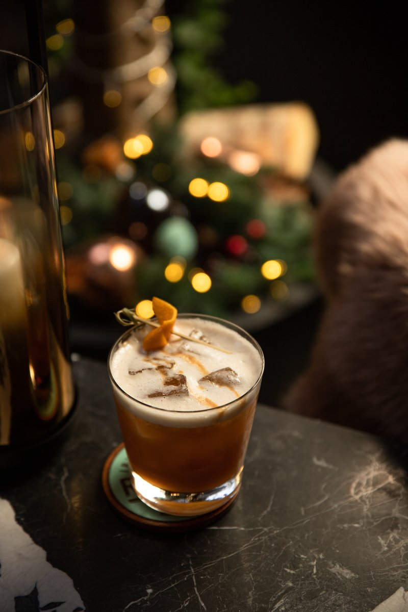 Cosy up with a Chinook cocktail, from our Winter Terrace Chalet menu ❄  With Roe & Co Irish Whiskey, Belsazar Red, Lemon & Spiced Stout Spirit, it's the perfect festive cocktail to sip on over the Christmas season ✨ https://t.co/189rMKNHyi