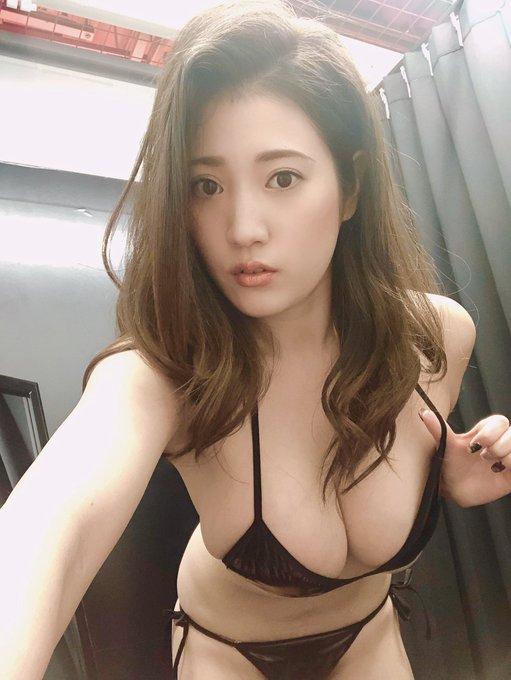 グラビアアイドル草野綾のTwitter自撮りエロ画像25