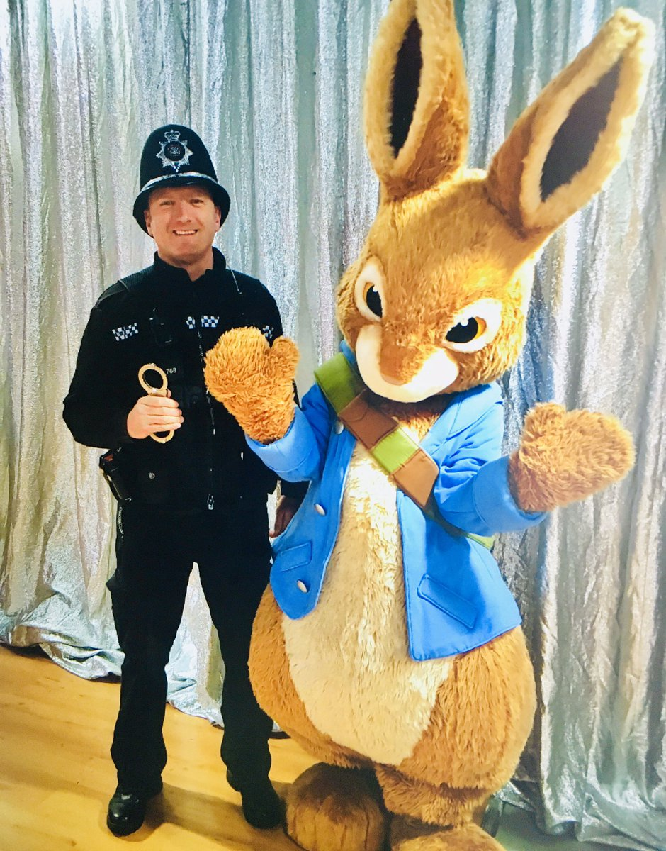 The festive month has begun. Reports of a thief hopping around the town centre had PC Rogers question this character. I'm sure Peter Rabbit is innocent. #p0769 @NorthantsChief @NorthantsPolice