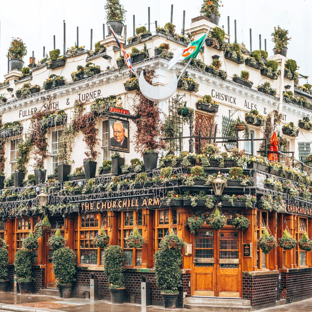 20 Photos to Make You Fall in Love with London - Nina Tekwani bit.ly/2v6z73y