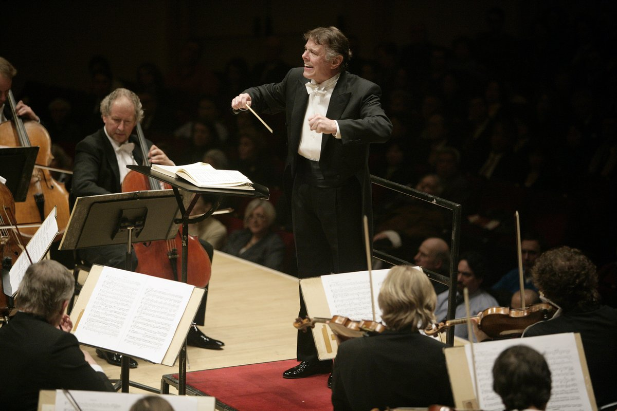 We remember conductor Mariss Jansons who led nearly 50 performances at #CarnegieHall since his 1975 debut with the Moscow State Symphony and most recently the @BRSO last month. Take a look through his performance history here: bit.ly/33xSTUg
