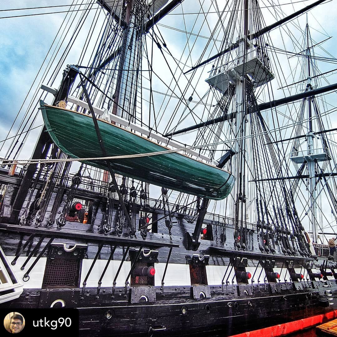 #SundayFunday! Happy Sunday Constitution fans! Want to have some fun? Come hangout with us! You can take some pretty awesome photos when you visit! Check out this great shot by our amazing fans! We are open Wednesday through Sunday from 10am-4pm! Huzzah! <br>http://pic.twitter.com/6mm757mxxt