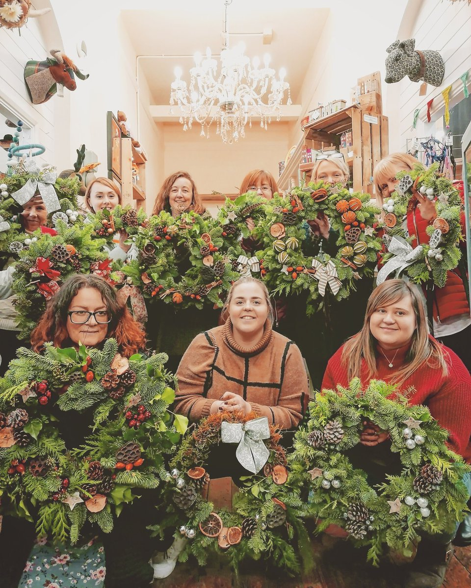 Ten fabulous ladies going home with handmade wreaths from our annual wreath making course x