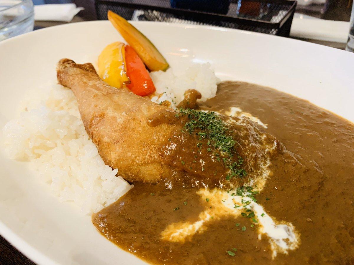鶏カレー! スプーンでほぐれちゃうほど柔らかいチキンです。#信州ひとりで勝手に盛り上げ隊長#ディー・ウラヌス