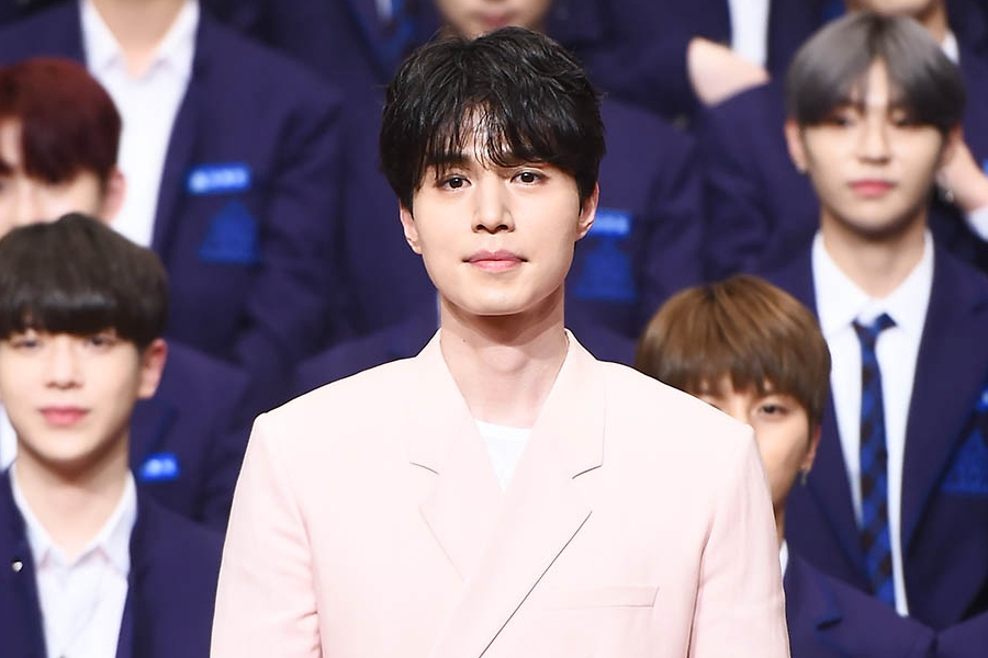 """#LeeDongWook Shares His Thoughts On """"#Produce_X_101"""" Manipulation Controversy  https://www. soompi.com/article/136904 5wpp/lee-dong-wook-shares-his-thoughts-on-produce-x-101-manipulation-controversy  …  <br>http://pic.twitter.com/zTRG3hbTCe"""