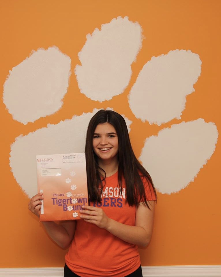 Proud of my girl @BeccaPledger!! Yes, that's the dining room wall. Go Tigers!! #TigertownBound #ClemsonFamily <br>http://pic.twitter.com/BeUS1UkokY