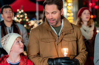 @hallmarkchannel's photo on #ChristmasTown