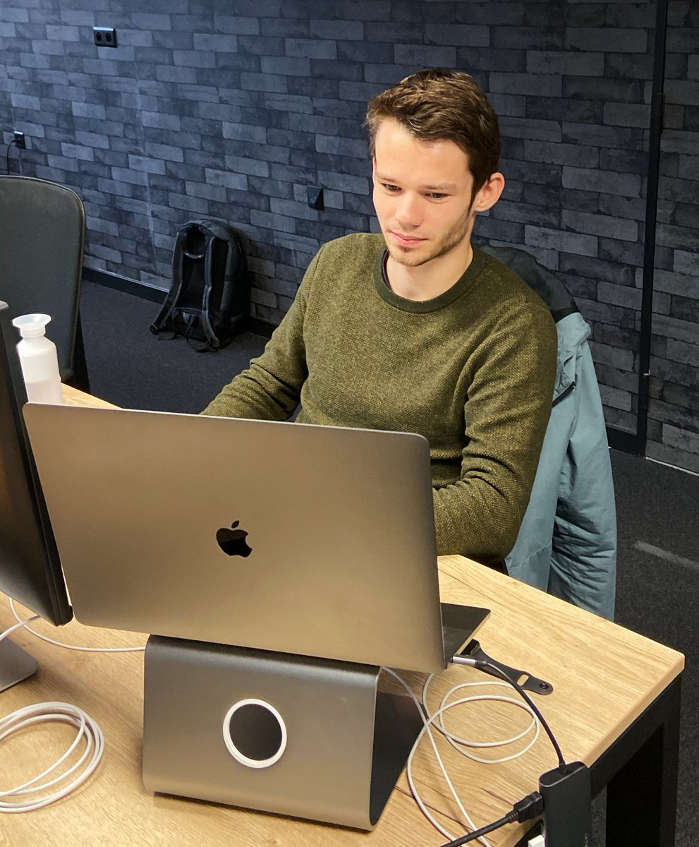 Time to announce the arrival of our next #javascript addict! Maarten quickly transformed his passion into his career and we couldn't be happier to have his talented energy flowing our way.   #teamhyperdrive #developers #javascriptdeveloper #fullstackdeveloper <br>http://pic.twitter.com/Y76S0yFXLH