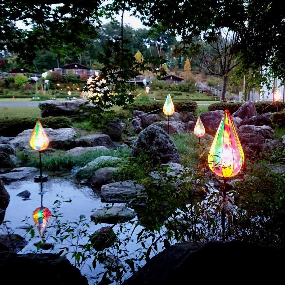 【今年行ったところ Advent Calendar 2019】宮沢賢治童話村 イルミネーション / 岩手県花巻市毎年数カ月限定でやってるイルミネーション。今年は7月27日から11月10日でした。ただひたすら美しい。毎年少しずつ新作が増えている様子も。宮沢賢治の世界観と相まって幻想的な空間をつくりあげます。