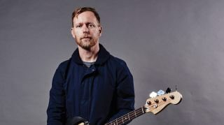 Happy Birthday to this legend. bassist Nate Mendel.