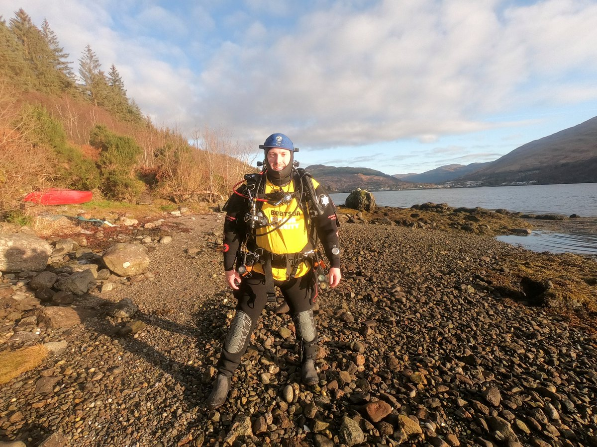 You see plenty out running, and even jumping out of planes - but it's not every day you see our yellow t-shirt scuba diving in a loch!  Thanks to Ross for the adventure - he's climbing Goatfell whilst carrying his scuba gear next year to raise funds for Beatson Cancer Charity!💛