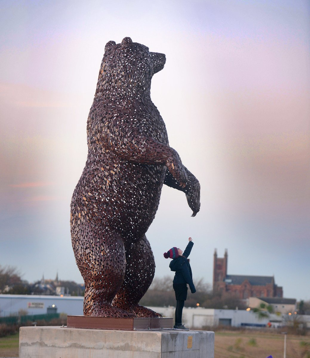 A steel sculpture of a bear in tribute to conservationist John Muir has been unveiled in Dunbar, East Lothian. The welded artwork, standing at five metres (16ft) high, was sculpted by Scottish artist Andy Scott, the man behind the Kelpies.