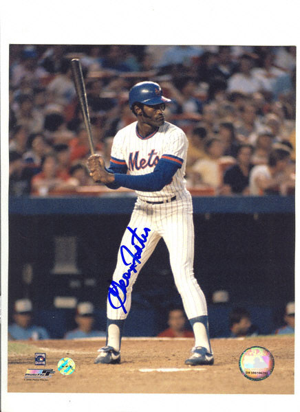 Happy Birthday to former Met George Foster and his bat \Black Beauty\.
