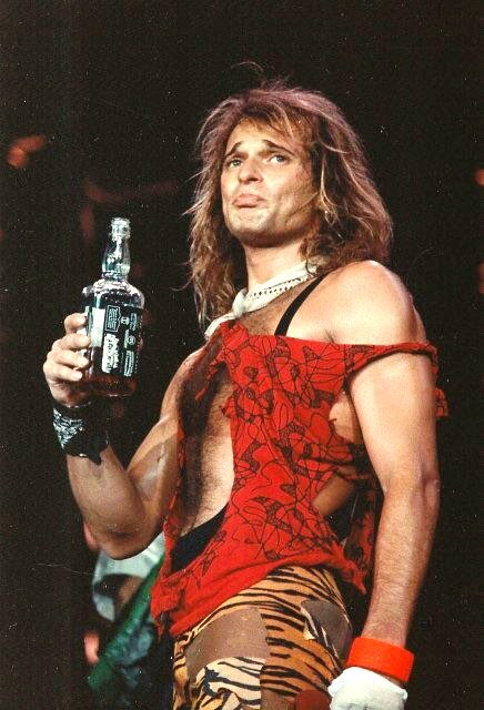 I dont give a fuck if you dont know Van Halen, but if you dont know DIAMOND DAVE David Lee Roth get the FUCK outta here!!!!! <br>http://pic.twitter.com/eQt5C3Pg3E