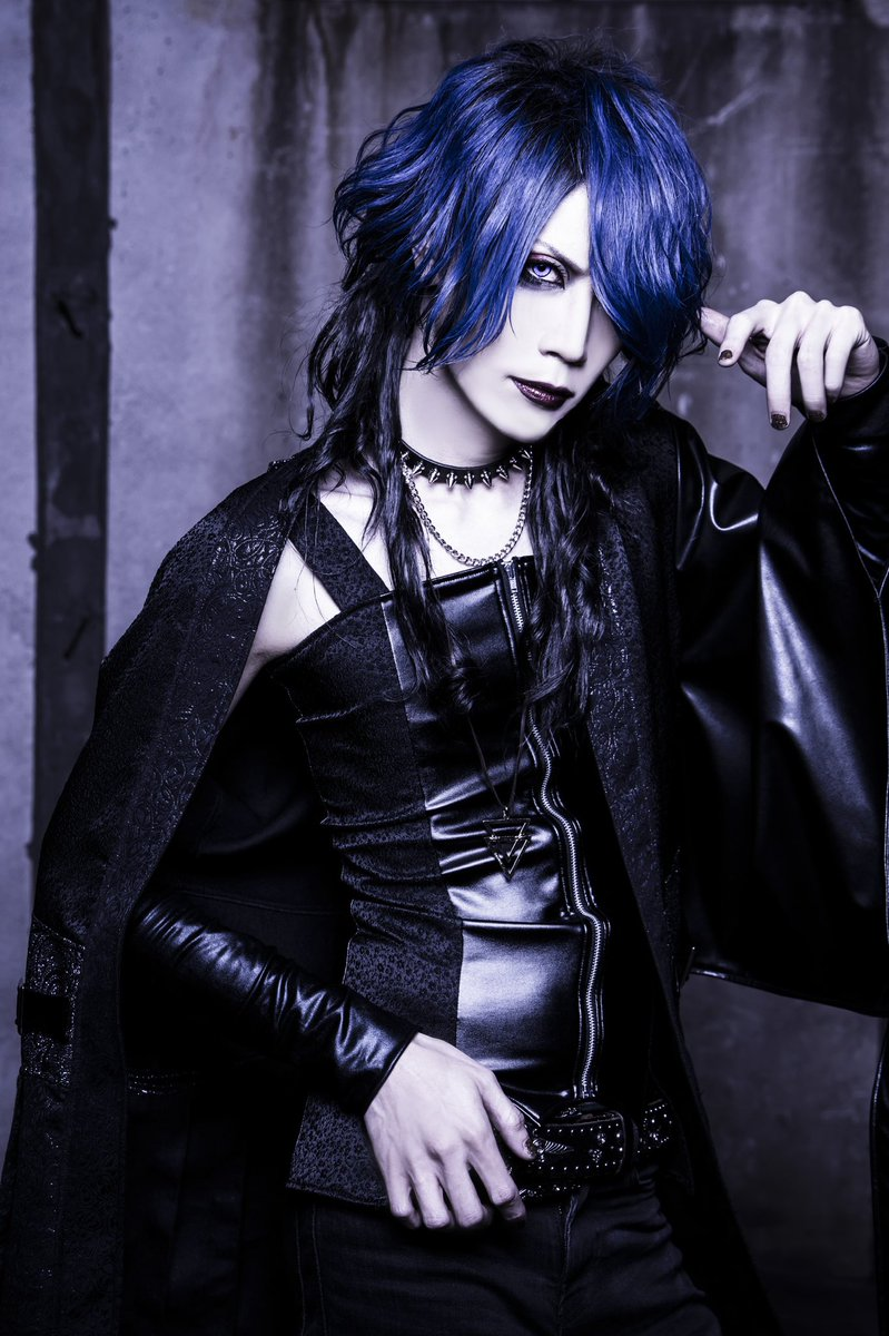RT @XNVL_Tomoya: XANVALA解禁です。  もっと長く高い階段を一緒に登って行こう。  2020.01.30...