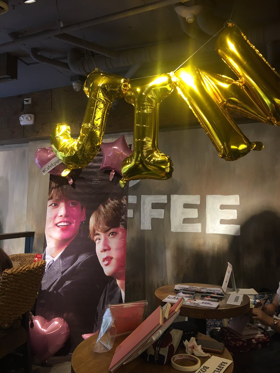 Celebrated jin's birthday with a cupsleeve event from @JinKookPH @cherrypink9297 last dec 7 - a thread ✨#CafeEpiphany #HappyBirthdayJin #HappyJinDay 💜
