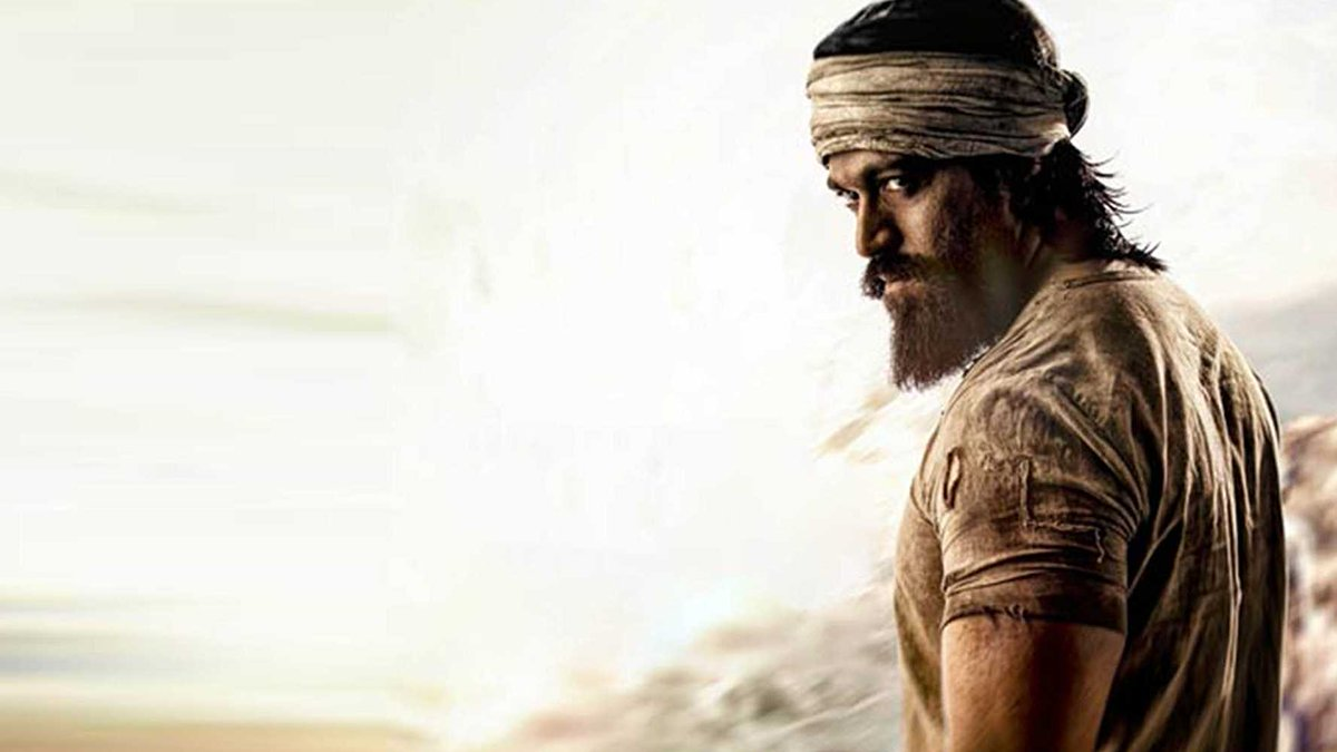 first look of #KGF2 to be unveiled on December 21st! #KGFChapter2 #KGFChapter2FirstLook #Yashpic.twitter.com/beStcMdCh6