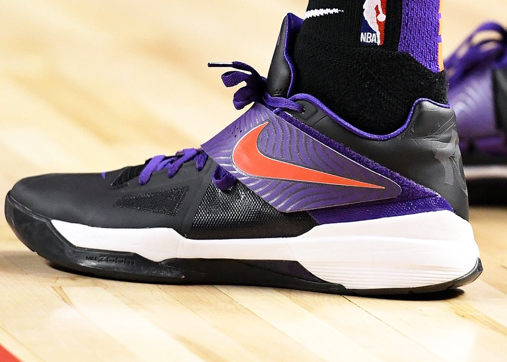 """Cam Johnson broke out the """"Year of the Dragon"""" Nike KD 4 id in Mexico City!   #NBAKicks #RisePHX"""