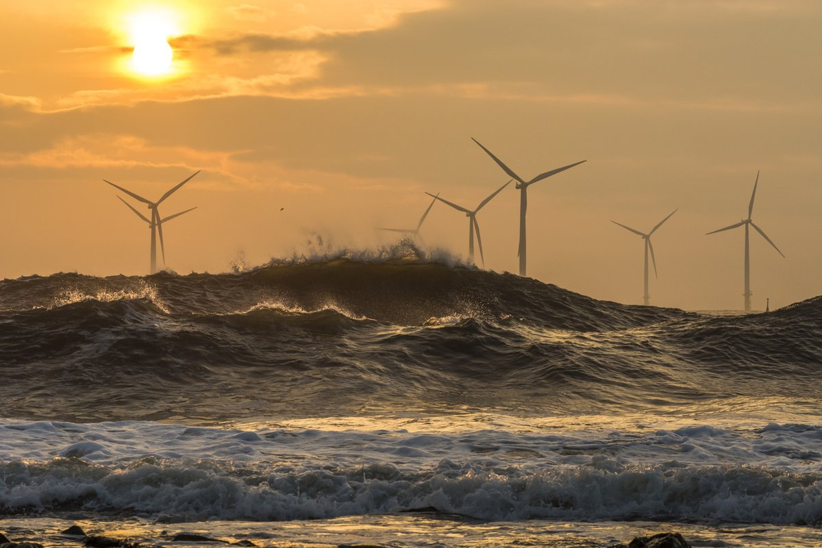 A windy weekend in the UK resulted in home owners being paid to use renewable energyLearn more here:https://www.theguardian.com/business/2019/dec/09/thousands-were-paid-to-use-extra-renewable-electricity-on-windy-weekend…#renewableenergy #solarenergy #climatechange #eastsussex #westsussex #sussex #OHMEnergy