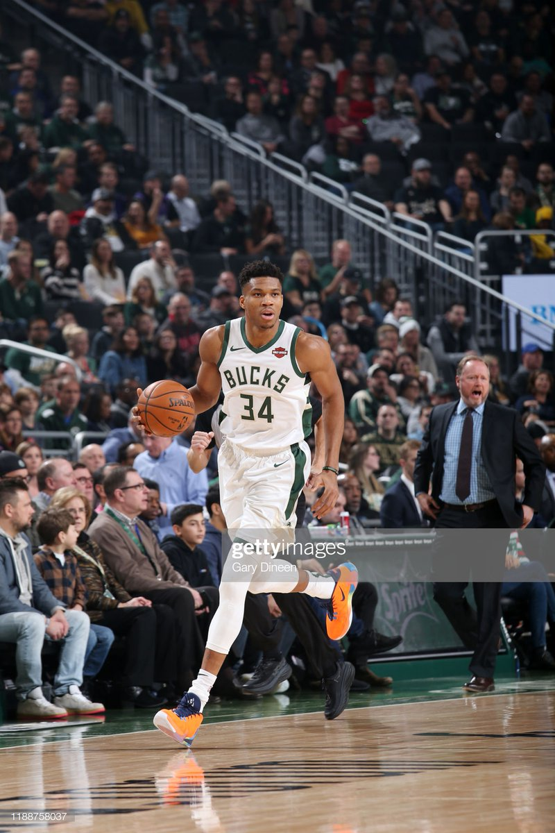 Giannis Antetokounmpo's 29 PTS, 4 REB and 4 AST helped the @Bucks in winning their 18th straight win!   #BeTheFight 108 #FearTheDeer 125  Khris Middleton: 24 PTS (8-12 FG), 6 AST Robin Lopez: 16 PTS, 6 REB Donte DiVincenzo: 15 PTS, 5 REB, 4 AST  #NBA